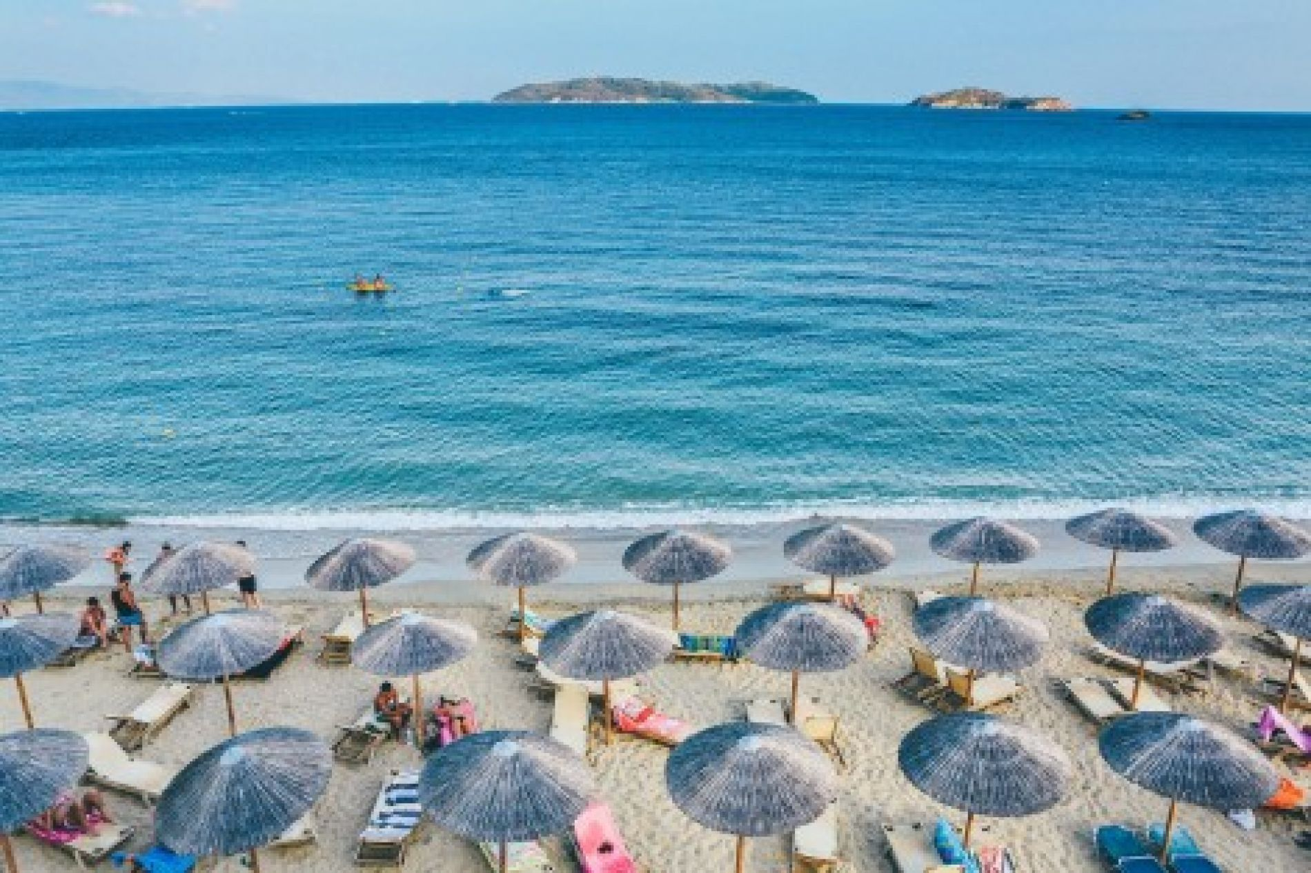 Bulgarians evaluate summer tourism in our country as good, they want more advertising