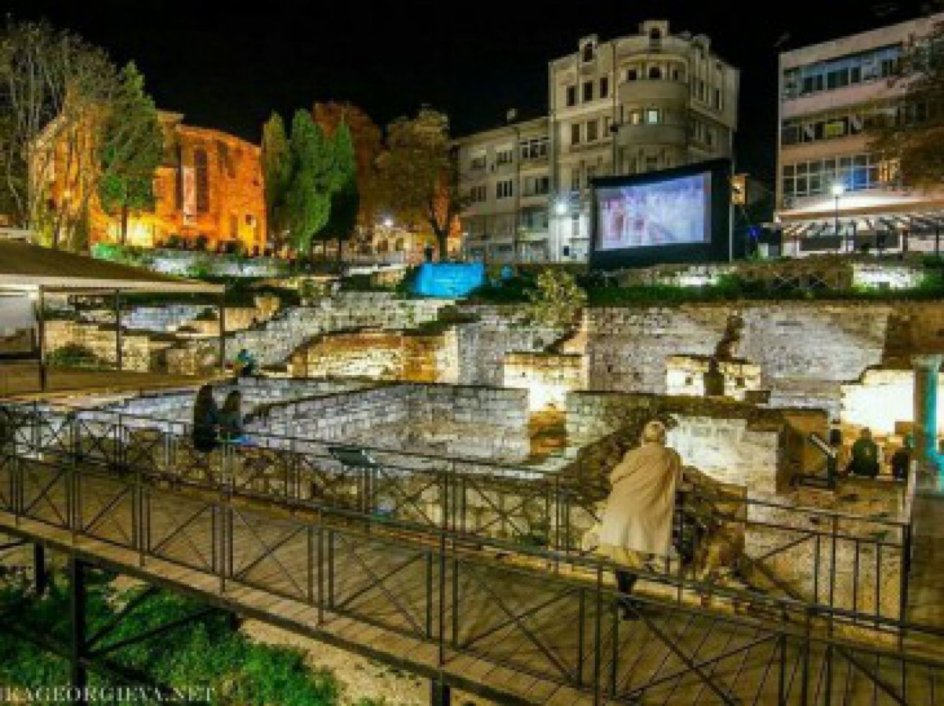 Theatrical performances of the Antique period on the stage of the Small Roman Baths of Varna