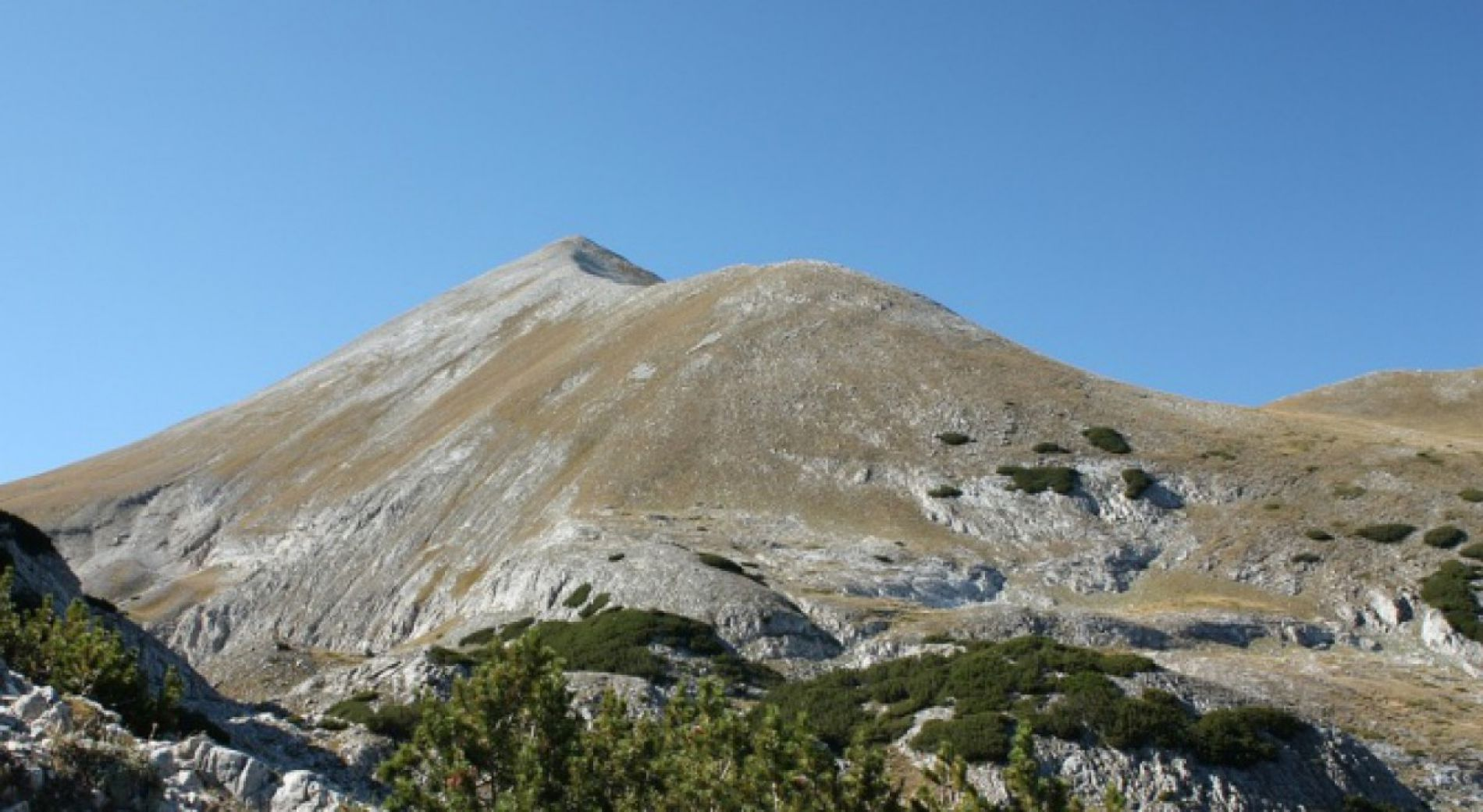 Tourist lost in Pirin, found