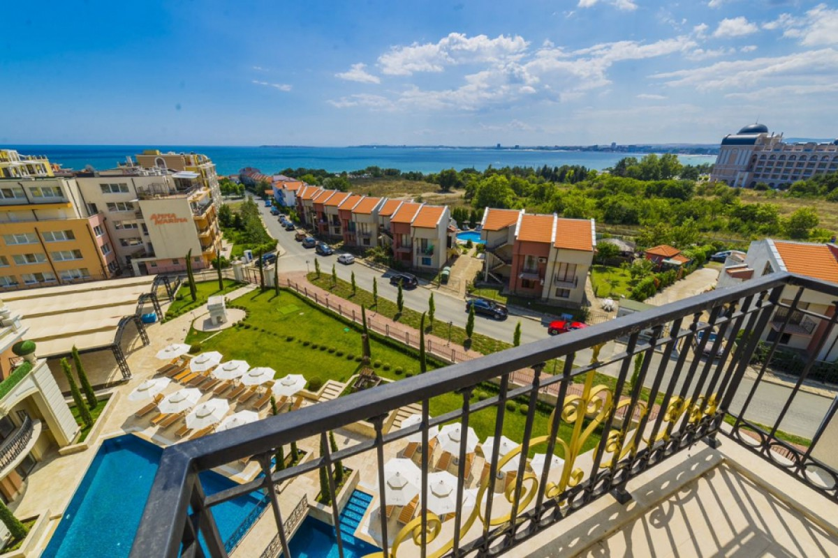 Panoramic sea views from the apartments of the Romance Paris complex in Saint Vlas