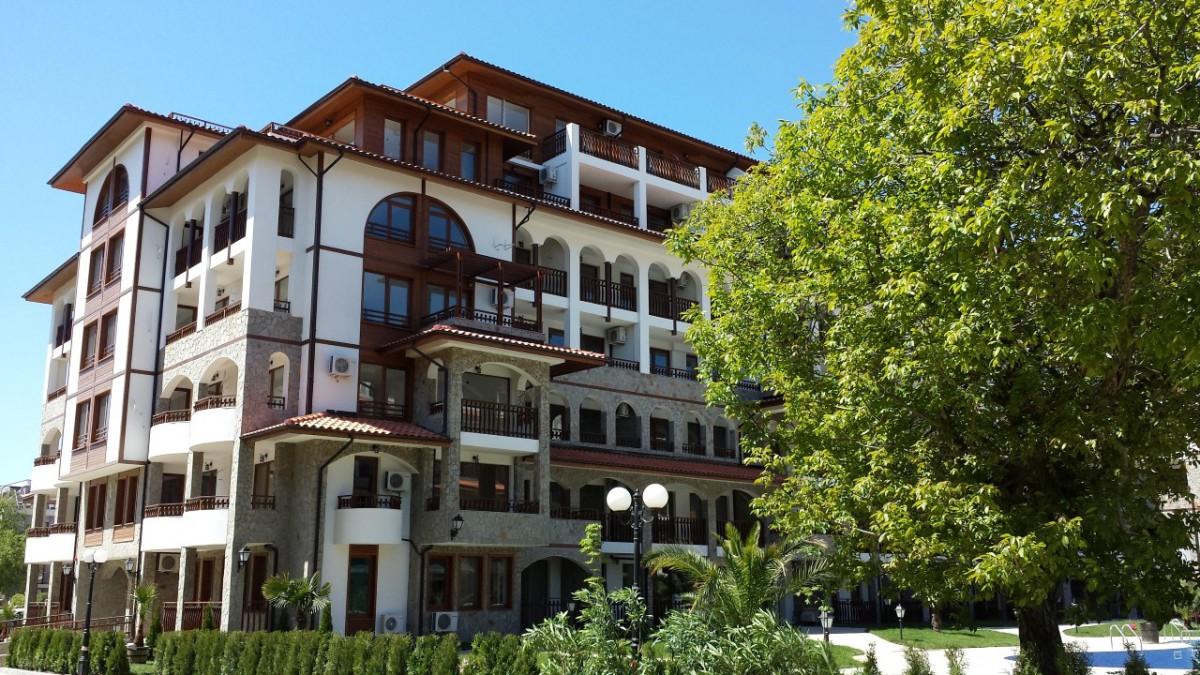 Properties in Bulgaria in Saint Vlas in the Olympus complex