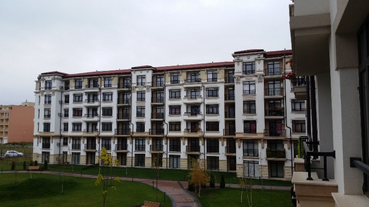Real estate in Pomorie Bulgaria in the complex Aivazovsky Park